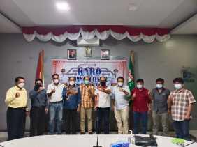 Kominfo Kabupaten Karo Sambut Audensi Tim Humas Dan IT Moderamen GBKP
