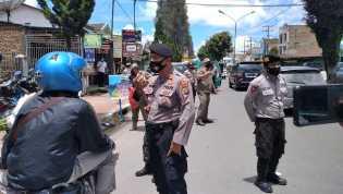 Kodim 0205/TK, Polres Karo, Satpol PP dan Dishub Gelar Patroli Terkait Sosial Distancing di Kabajahe