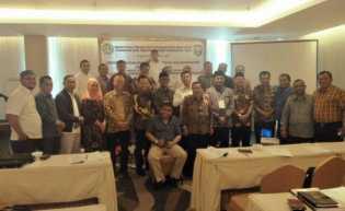Seluruh Anggota DPRD Siak Bimtek Peningkatan Pengetahuan yang Ditaja LPPM UR