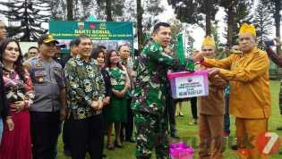 Hari Juang TNI - AD 2019, Dandim 0205/TK Berikan Sembako dan Santunan ke Veteran Karo