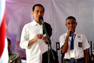 Bukan Hanya Jawa, Presiden Jokowi Janji Pembangunan Merata Seluruh Tanah Air