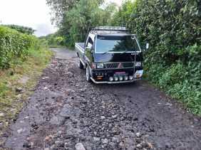 Jalan Rusak Tak Diperbaiki, Warga Gung Pinto Kec Namanteran Merasa Dianaktirikan