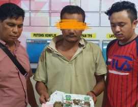 Abdi Pranta Sembiring Diringkus Polsek Mardingding di Kedai Tuak, Ganja dan Sabu Diamankan...