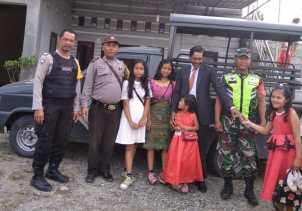 Pam Babinsa bersama Polsek Tiga Panah di Gereja GPDI Mulawari, Kapolsek: Kami Rutin Patroli