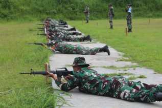 Pelihara Kemahiran, Personel Kodim 0205/TK Gelar Latihan Menembak