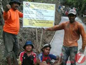 Pemdes  Buah Raya  Menggunakan Dana Desa Tetap Transparan
