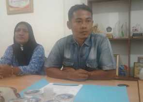 Soal Dugaan Asusila, Keluarga Iwandri Mendatangi Ombusman Riau
