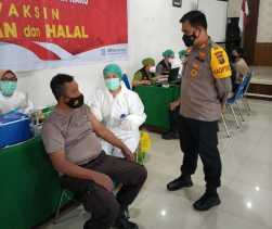 Polres Karo Kawal Proses Vaksinasi Percepat Pemulihan Kesehatan dan Ekonomi