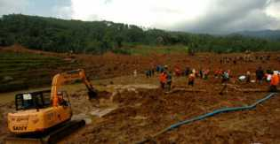 Longsor dan Curah Hujan Cukup Tinggi, 666 Warga Desa Capar Brebes Diungsikan