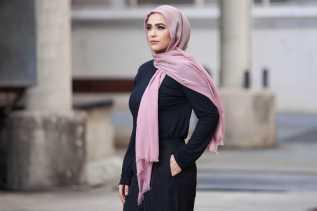 Macy Jadi Brand Fashion Retail Amerika Pertama yang Rilis Koleksi Hijab