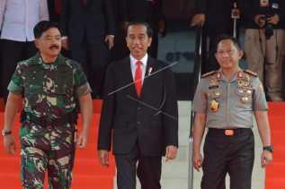 Warga di Jayapura Terima 3.331 Lembar Sertifikat Tanah dari Presiden Jokowi