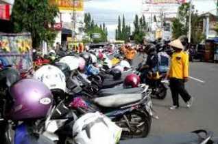 Wako Pekanbaru: Tahun Depan, Sektor Parkir di Pekanbaru Akan dikelola PT SPP