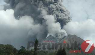 Gunung Sinabung Erupsi Pada Selasa, Ini Penjelasan Kepala Pusat Vulkanologi