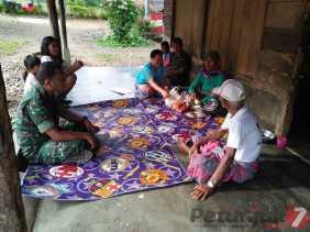 Giat Binter, Danramil 09/Laubaleng Komsos Bersama Tokoh Masyarakat di Desa Buluh Pancur