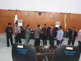 Panja LKPJ AMJ Nilai Kepemimpinan Walikota Padangsidimpuan 2013 - 2017 Gagal