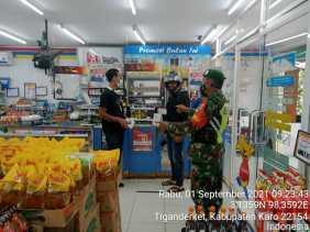 Sambil Melaksanakan Komsos Dengan Warga Binaan, Babinsa 05/PY Ingatkan Terus Tentang Prokes