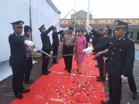 Sambut Kapolres Karo Baru Gelar  Welcome and Farawel Parade, AKBP Benny: Dukung Terus Tugas Kapolres