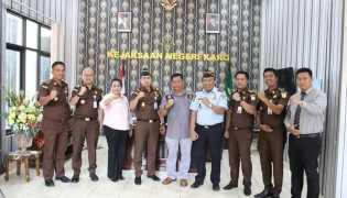 Berkunjung ke Kejari, Ketua DPRD Karo Silahturahmi Untuk Tingkatkan Sinergitas dengan Kajari Karo