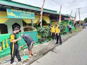Sambut Hut Bhayangkara Ke 75, Polres Tanah Karo Gelar Jumat Bersih