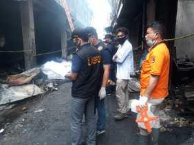 Labfor Polda Sumut Olah TKP Pasar Tingkat Berastagi, Kapolres Karo: Menyelidiki Penyebab Kebakaran