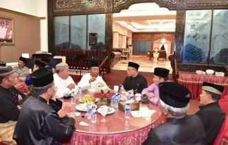LAMR Meminang Wan Thamrin Hasyim untuk Penabalan Gelar Adat