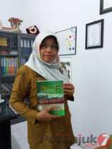 Dra Sumidarti, MM : Flamboyan 'Mutiara' dari Seroja