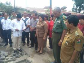 Wabup Karo Hadiri Peletakan Batu Pertama Gapura Kerukunan Umat Beragama Lorong Ikuten Vanleith
