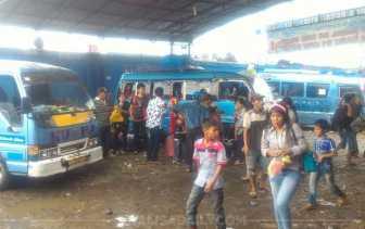 Libur Tahun Baru, Loket Bus di Medan Dipadati Calon Penumpang