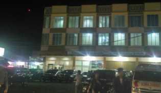 Rabu - Jumat di Sumbar: Presiden Nginap di Hotel Sekelas Bintang Dua Tadi Malam