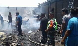 Api Berasal Saat Hendak Menggoreng Rempeyek, Rumah Zulkairi Terbakar di Desa Gurusinga