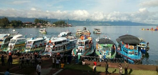 Piala Kapolda Sumut, Kapal Motor di Danau Toba Lomba