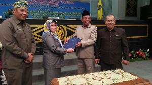 Potret Kegiatan DPRD: Pengesahan Perda Retribusi Pelayanan Tera Ulang Kota Pekanbaru